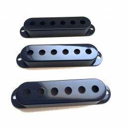 3 Black Single Coil Pickup...