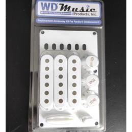 WDMusic White Stratocaster...